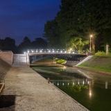Waterzicht brug met LED verlichting