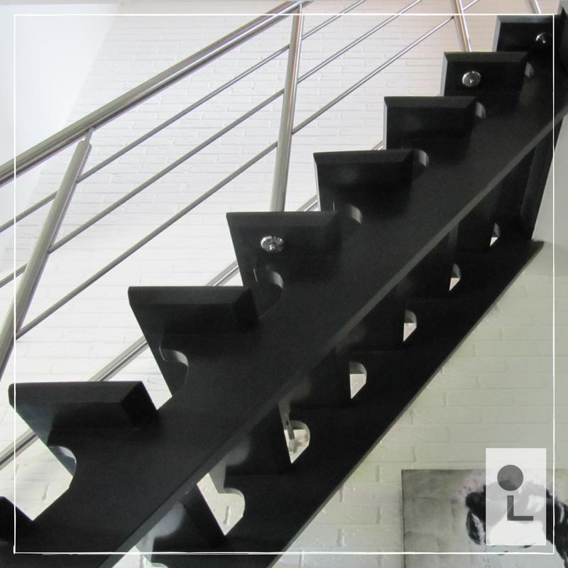 rvs-balustrade-door-treden