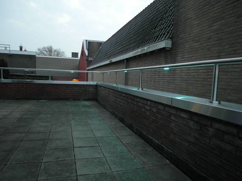 https://www.lumigrip.nl/wp-content/gallery/dijksma-sneek/lumigrip-verlichte-balustrade-sneek-4.jpg