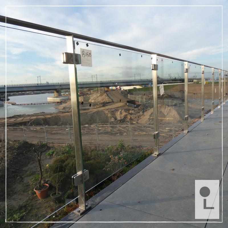 glazen-balustrade-buiten-terras-strip