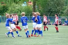 Sc-Woezik-JO13-1-Lumigrip-voetbalkampioen-10