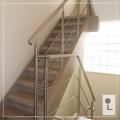 houten-trapleuning-rvs-verlichting-balustrade-wang-renovatie