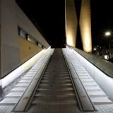 Verlichte trap bij station Tilburg