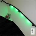 zwarte-trapleuning-verlicht-groen