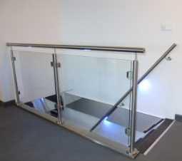 glazen-balustrade-led-verlichting